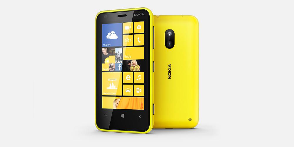 Nokia Lumia 620 фото